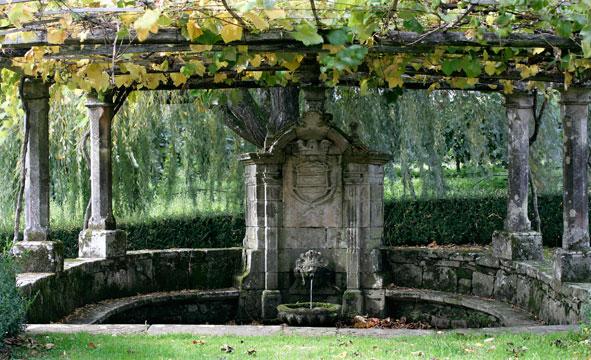 Las 10 fuentes m s bellas y espectaculares del mundo - Fuentes de piedra antiguas ...